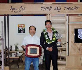 Công ty Thép Mỹ Thuật nhận cúp vàng tại hội chợ VietBuild 2014 Hà Nội dành cho...